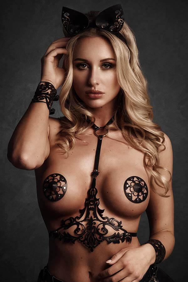 Leren lingerie in lasercut design zwart