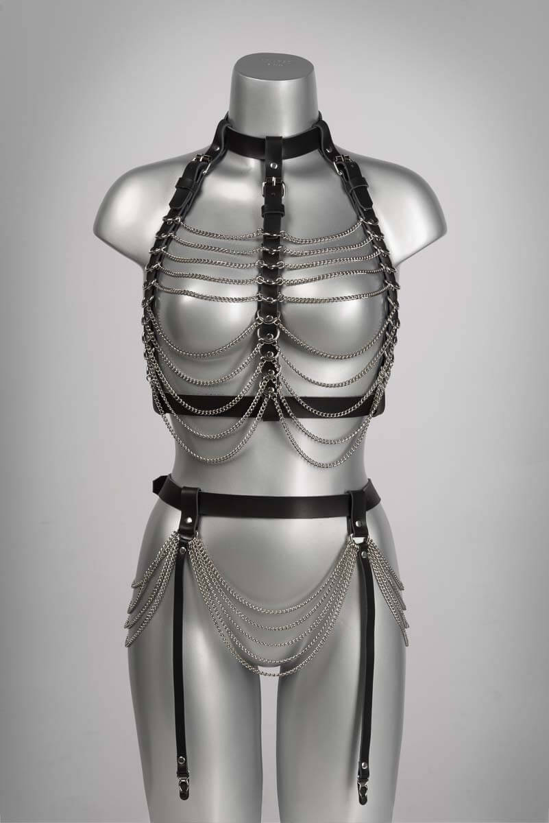 Ketting lingerie bondage SM pakje van echt leder